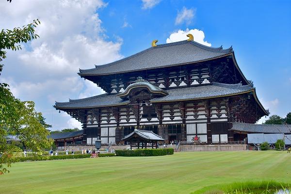 東大寺の金堂